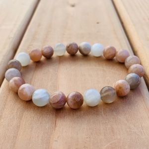 8mm Peach Moonstone Bracelet for Sale in Brooklyn, NY