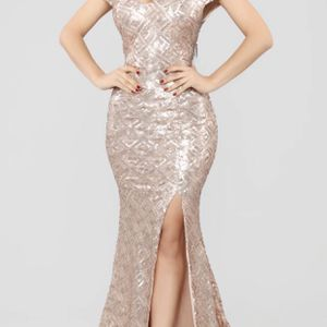 Rose Gold Prom Dress for Sale in Long Beach, CA
