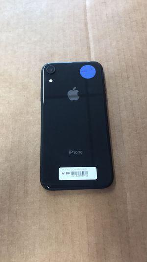 iPhone XR 64gb unlocked for Sale in Richmond, VA