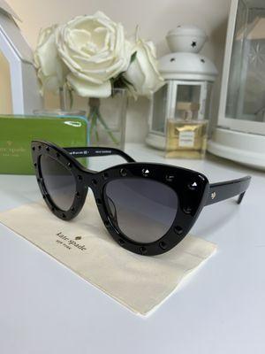 KATE SPADE sunglasses for Sale in Alexandria, VA