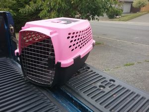 """Small Dog Cat Kennel Crate Carrier Like New 24"""" L by 10"""" W by 10"""" for Sale in Federal Way, WA"""