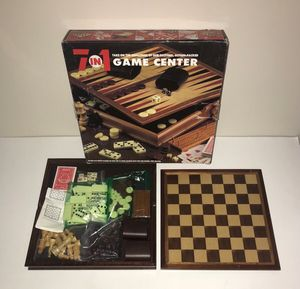 7 in 1 Game almost new just $10 for Sale in Port St. Lucie, FL