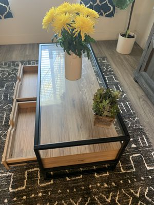 Brand new coffee table for Sale in Corona, CA