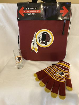 Washington Redskins shot glass gloves duffle bag for Sale in Bartlett, TN