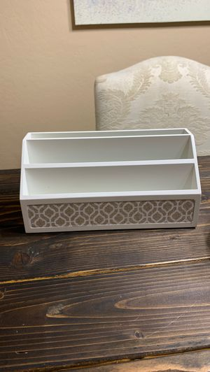Mail organizer, folder sorting, home accessorie for Sale in Phoenix, AZ