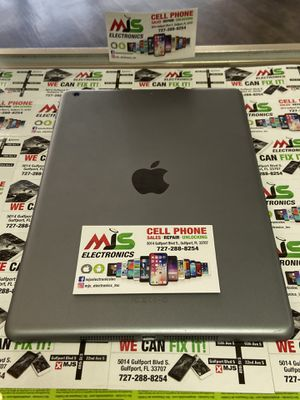 Apple iPad Air 32GB for Sale in Gulfport, FL