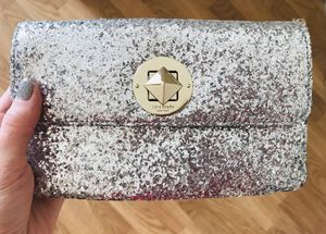 Kate Spade Purse / Wristlet for Sale in Schaumburg, IL