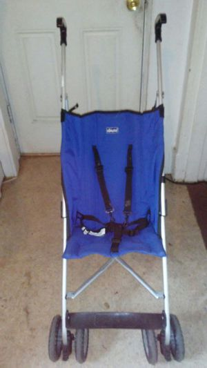Chicco fold up stoller for Sale in Richmond, VA