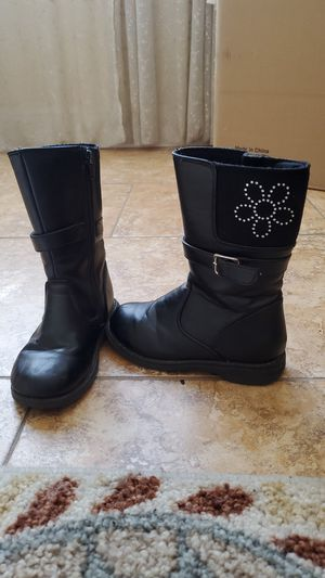 Girls black boots size 11 for Sale in Downey, CA