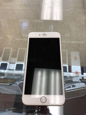 iPhone 6s Plus gold 32GB Unlocked for Sale in Richmond, VA