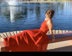 Gorgeous red prom dress. Worn once. for Sale in Phoenix, AZ