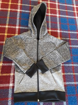 Boys Size 7 Sweater for Sale in El Paso, TX
