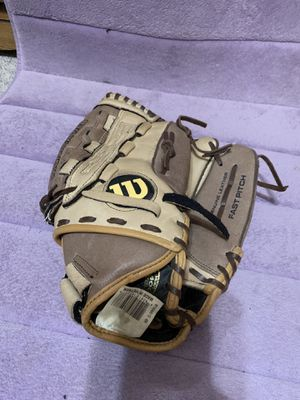 Wilson softball glove for Sale in Maple Heights, OH