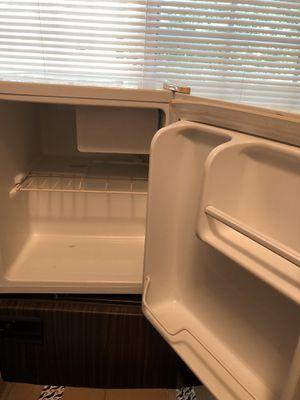 Mini fridge FREE if you pick it up today! for Sale in Atlanta, GA