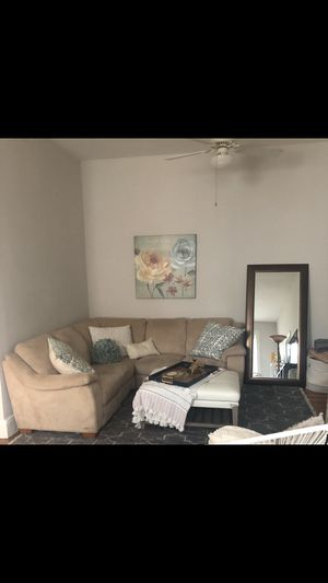 Beautiful sectional that reclines for sale! for Sale in Hoboken, NJ