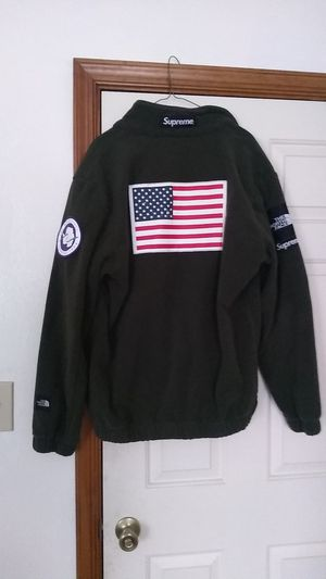 North Face Supreme for Sale in Virginia Beach, VA