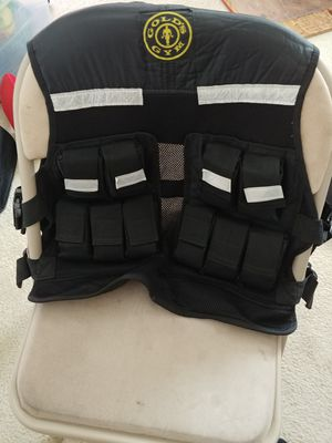 Golds Gym 20bls. Fitness vest. $20 for Sale in Gaithersburg, MD