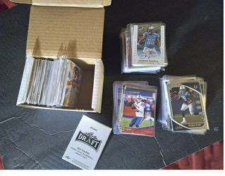 400 Plus Assorted Sports Cards Mainly Football Rookies for Sale in Youngtown,  AZ