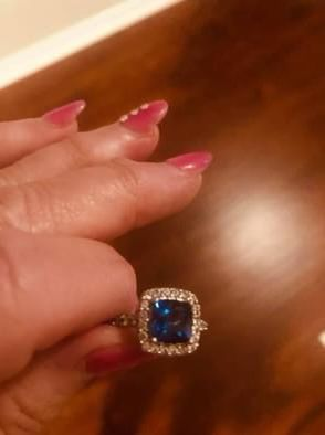 LADIES SAPPHIRE RING for Sale in Tyler, TX