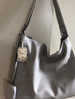 Alyssa Milano Convertible Large Bag With Wristlet for Sale in Riverdale Park,  MD