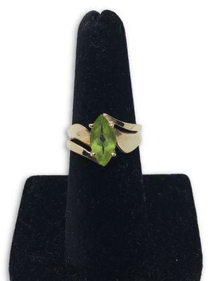 10k Peridot Ring for Sale in Alexandria, VA