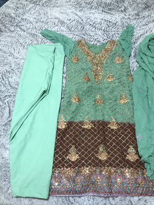 Pakistani Indian shalwar kameez outfit fancy party wedding henna outfit dress for Sale in Colesville, MD