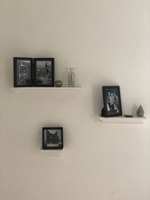 Hanging Wall Shelves for Sale in San Diego, CA