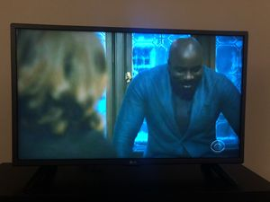 """TV 28"""" LG with remote for Sale in Washington, DC"""