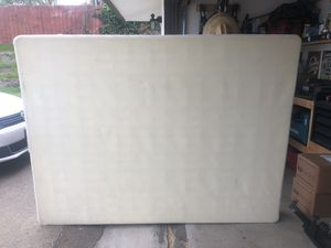 Queen size BOX SPRING for Sale in Spring Valley, CA
