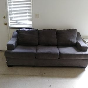 Couch Set (CHEAP) for Sale in Lancaster, PA