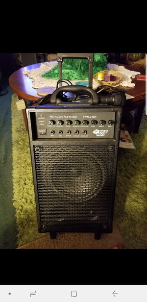 Pro audio pa system pwma 8601 pyle pro with ipod dock station for Sale in La Puente, CA