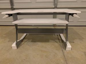 White stand up desk for Sale in Maple Shade Township, NJ