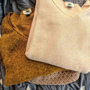 Cute and cozy sweater bundle for Sale in Norco, CA