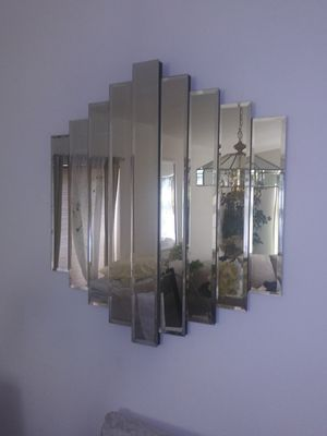 Vintage Wall mirror decorative for Sale in Peoria, AZ