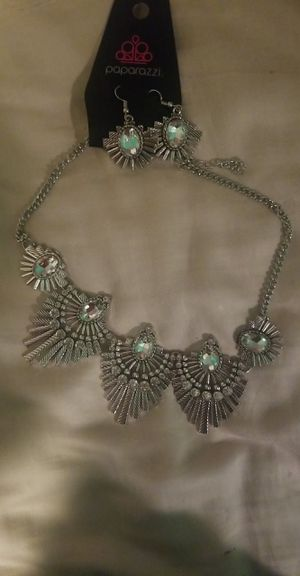 Silver diamond necklace with matching earrings from paparazzi for Sale in Lake Geneva, WI