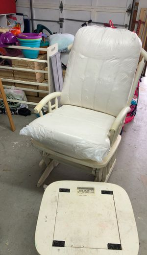 Rocking chair white dutailier for Sale in Gaithersburg, MD