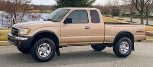 Low Price ! TOYOTA TACOMA 2000 Urgent Sale !! for Sale in Macon, GA