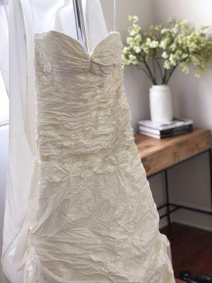 Wedding Dress for Sale in Dallas, TX