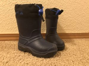 Kamik felt lined snow boots kids size 8 for Sale in University Place, WA