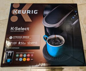 New Keurig K-cup Coffee Maker + 6 K-cups Black 52oz Tank Kcup for Sale in Pembroke Pines, FL