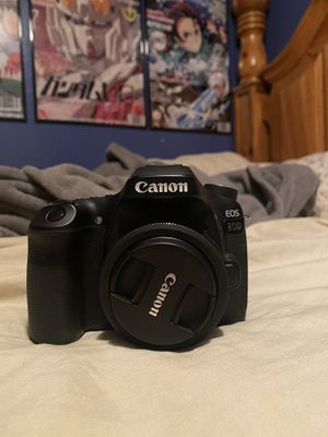 Canon 80D with 24mm Canon Lens for Sale in Antioch, CA