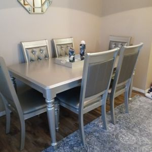 Dining Table Set With 6 Chairs for Sale in Salem, OR