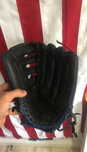 Baseball Glove for Sale in Pembroke Pines, FL