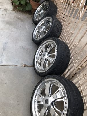 "Sprewell ""Spinners""Davin Wheels for Sale in Rialto, CA"