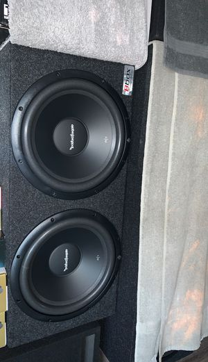 """Brand New (2) 12"""" Rockford Fosgate R1S4 SVC subwoofers w/ amplifier & kit for Sale in Los Angeles, CA"""