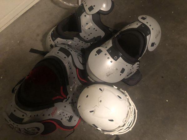 3 Shoulder Pads and 1 Helment