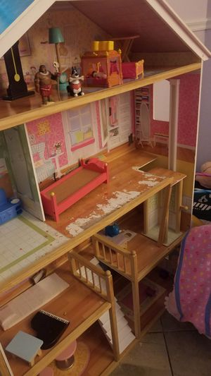 Doll House for Sale in Mesquite, TX