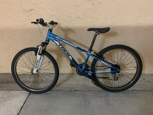 BICYCLE TREK 24 SPEED EXCELLENT CONDITION for Sale in Miami, FL