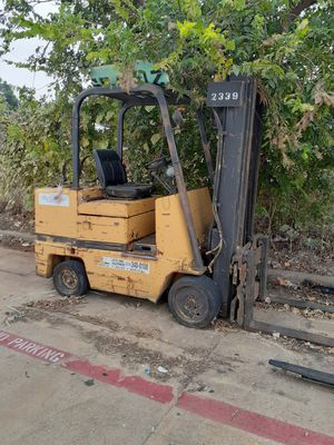 CATERPILLAR 5000 BLS FORKLIFT for Sale in Dallas, TX