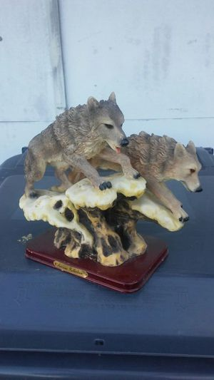 Jumping wolfes- precious. Collection - negotiable for Sale in Winter Haven, FL